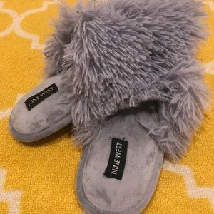 Nine West Grey Fluffy Slippers NWOT
